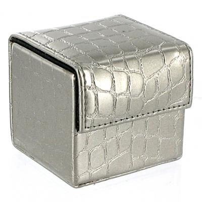 Image of devine condoom cube zilver croco