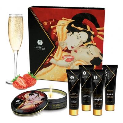 Image of shunga - geisha sparkling strawberry wine